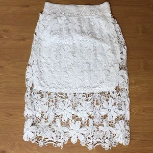 Meraki White Lace Mid Length Skirt Size Large